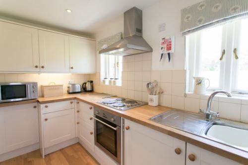 Caerhays Estate - Bottom Lodge